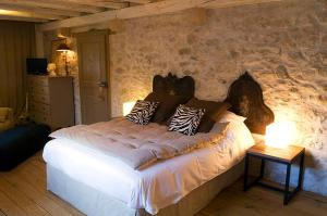 La Cour Pavee, Bed & Breakfast  Genolier - big - 9