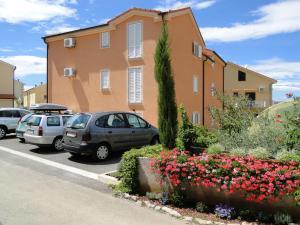 Apartments Tonzi, Ferienwohnungen  Malinska - big - 33