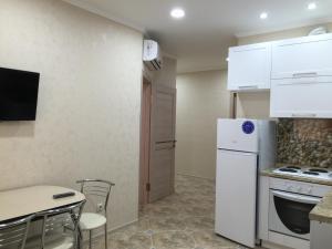 Tyulpanov Apartment, Apartmány  Adler - big - 14
