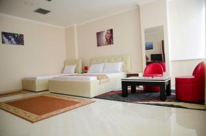 Ikea Hotel, Hotely  Tirana - big - 15