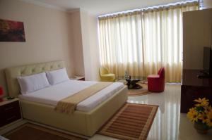 Ikea Hotel, Hotels  Tirana - big - 5