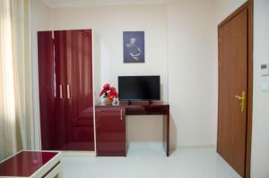 Ikea Hotel, Hotely  Tirana - big - 4