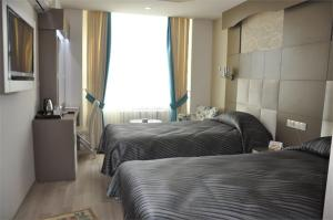 Отель Ayseli Hotel, Мерсин (Средиземноморский регион)