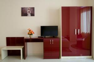 Ikea Hotel, Hotels  Tirana - big - 21
