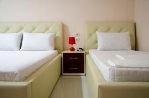 Ikea Hotel, Hotels  Tirana - big - 24