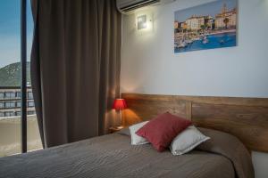 Résidence Les Calanques, Aparthotels  Ajaccio - big - 54