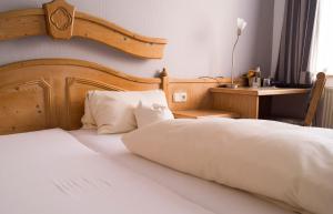Hotel Schweizer Haus, Гостевые дома  Билефельд - big - 21