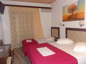 Angela Hotel, Hotely  Agia Marina Aegina - big - 46