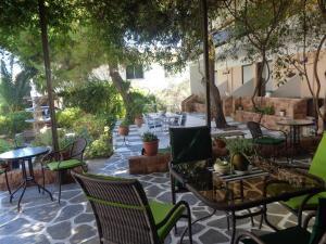 Angela Hotel, Hotely  Agia Marina Aegina - big - 83