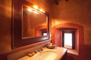 Antico Podere Marciano, Country houses  Barberino di Val d'Elsa - big - 27