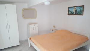 Apartments Tona, Apartmány  Novalja - big - 55
