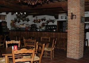 Hostal Lojo, Penziony  Conil de la Frontera - big - 10