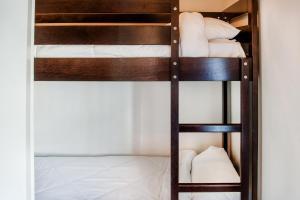 Résidence Foch, Apartmanhotelek  Lourdes - big - 32
