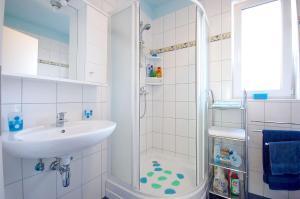 Apartments Tonzi, Ferienwohnungen  Malinska - big - 27