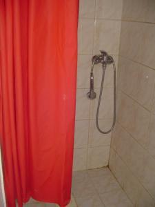 Dreibettzimmer mit eigenem Bad