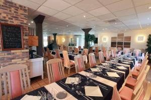 Hotel Le Relais des Champs, Отели  Eugénie-les-Bains - big - 25