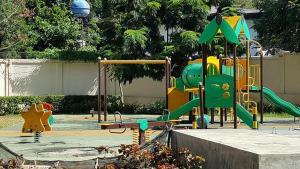Chateau Elysee Condo Unit - Vendome, Apartmanok  Manila - big - 16