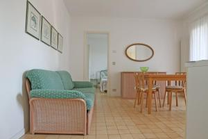 Residence Selenis, Apartments  Caorle - big - 43