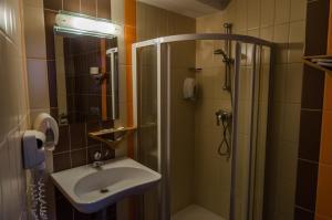 Volo Hotel, Hotels  Bukarest - big - 9