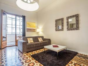 Two-Bedroom Apartment- Rambla Catalunya