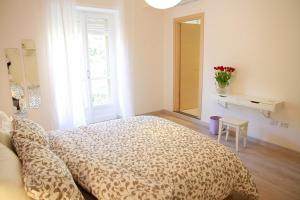 B&B BuonaLuna, Bed & Breakfast  Salerno - big - 5