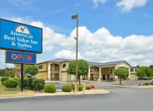 """Americas Best Value Inn and Suites Little Rock"""