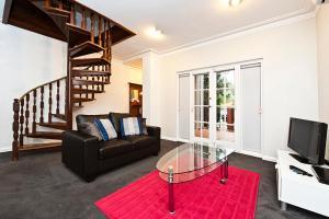 Townhouse by UWA 1A, Appartamenti  Perth - big - 2