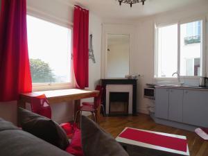 Apartment Ravignan, Ferienwohnungen  Paris - big - 1