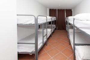 GalaxyStar Hostel Barcelona, Хостелы  Барселона - big - 15