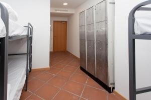GalaxyStar Hostel Barcelona, Хостелы  Барселона - big - 6
