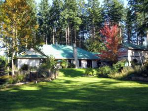 Auberge de Seattle, French Country Inn