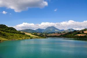 Colle Sul Lago