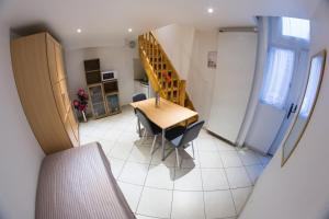 Studio (3 Adults)