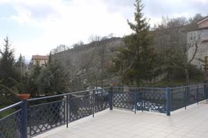 Villa Panoramica Belvedere, Apartmanok  Scontrone - big - 12