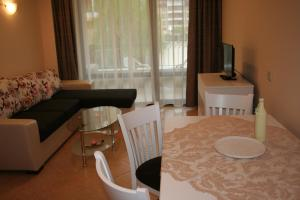 Sunny Beach Rent Apartments - Royal Sun, Appartamenti  Sunny Beach - big - 7