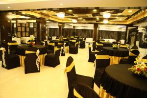 The Majestic Suites, Отели  Калькутта - big - 45