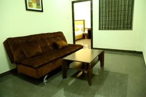 The Majestic Suites, Отели  Калькутта - big - 3
