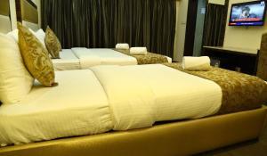 The Majestic Suites, Отели  Калькутта - big - 20
