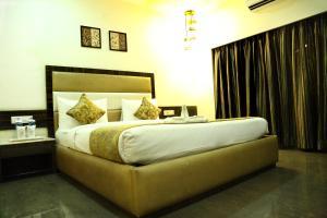 The Majestic Suites, Отели  Калькутта - big - 16