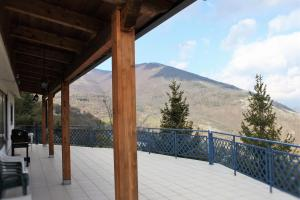 Villa Panoramica Belvedere, Apartmanok  Scontrone - big - 13