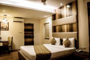 The Majestic Suites, Отели  Калькутта - big - 15