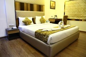 The Majestic Suites, Отели  Калькутта - big - 13