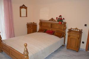 Kristály Apartman, Bed and Breakfasts  Hévíz - big - 3