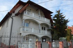 Kristály Apartman, Bed & Breakfast  Hévíz - big - 133