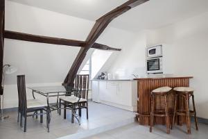 Appartement de charme, Ferienwohnungen  Honfleur - big - 15