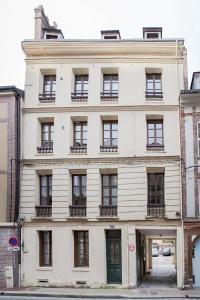 Appartement de charme, Ferienwohnungen  Honfleur - big - 21