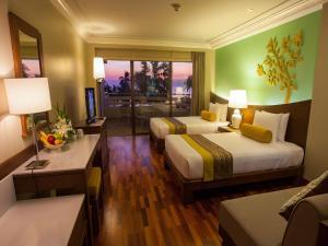 The Regent Cha Am Beach Resort, Hua Hin, Курортные отели  Ча-Ам - big - 14