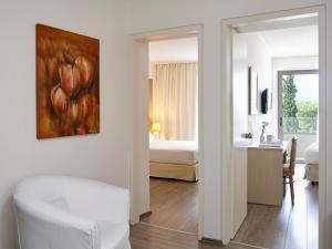 Amarilia Hotel, Отели  Афины - big - 25