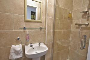 Central Hotel Cheltenham by Roomsbooked, Hotely  Cheltenham - big - 2