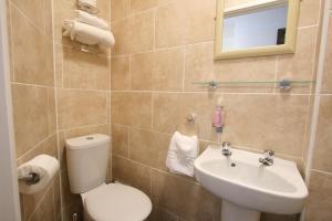 Central Hotel Cheltenham by Roomsbooked, Hotely  Cheltenham - big - 24